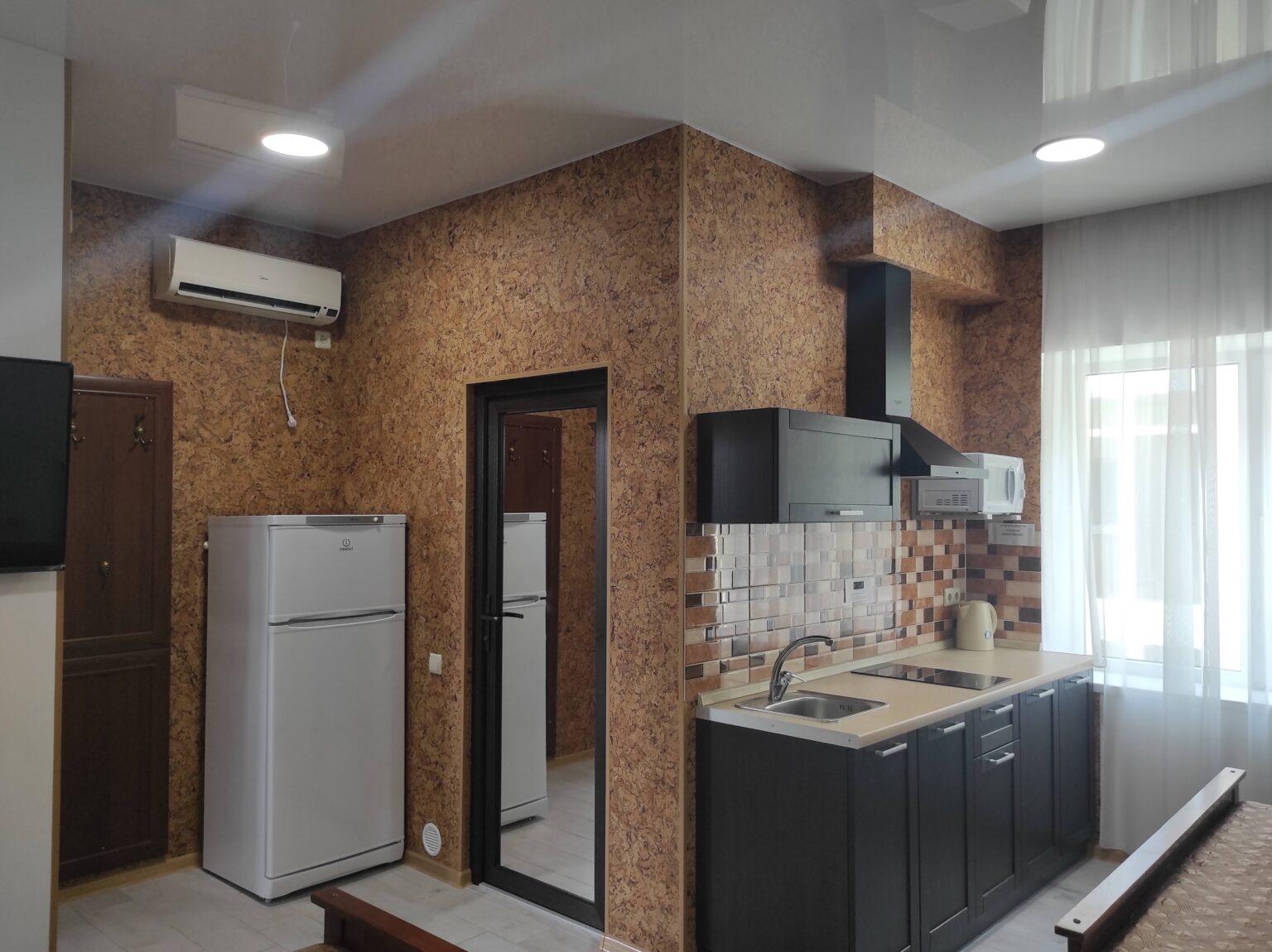 4-х местный люкс, однокомнатный. Кухня