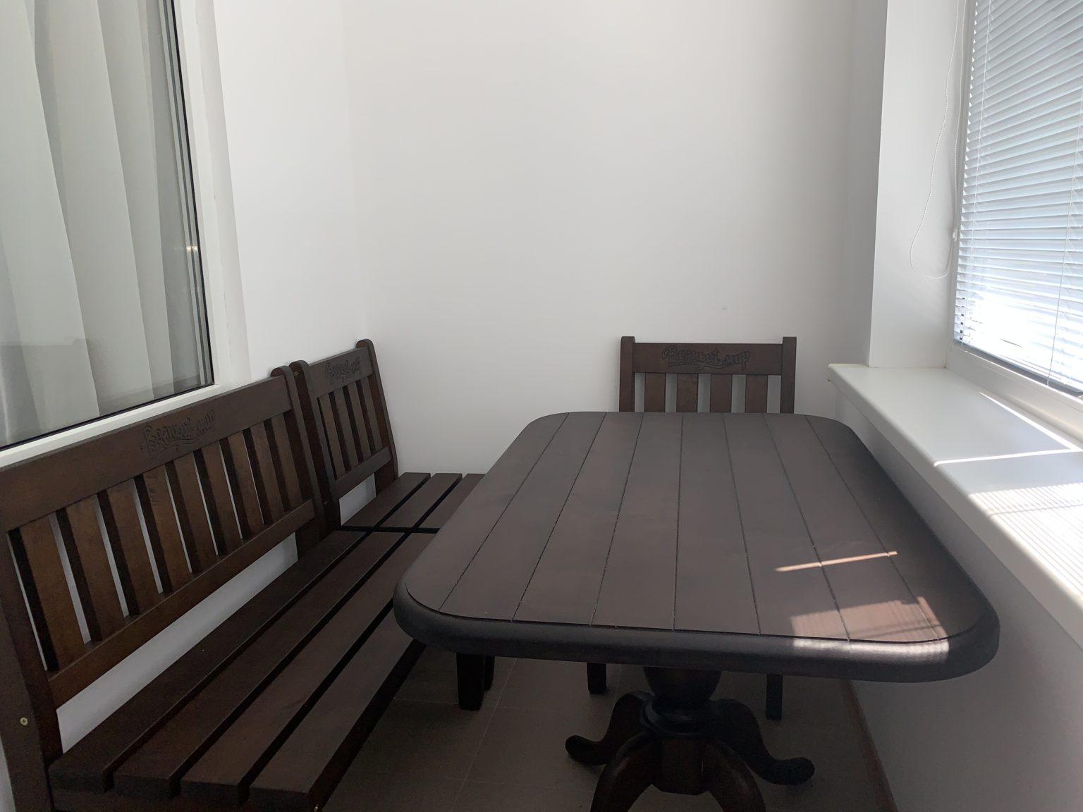 5-местный однокомнатный люкс. Балкон