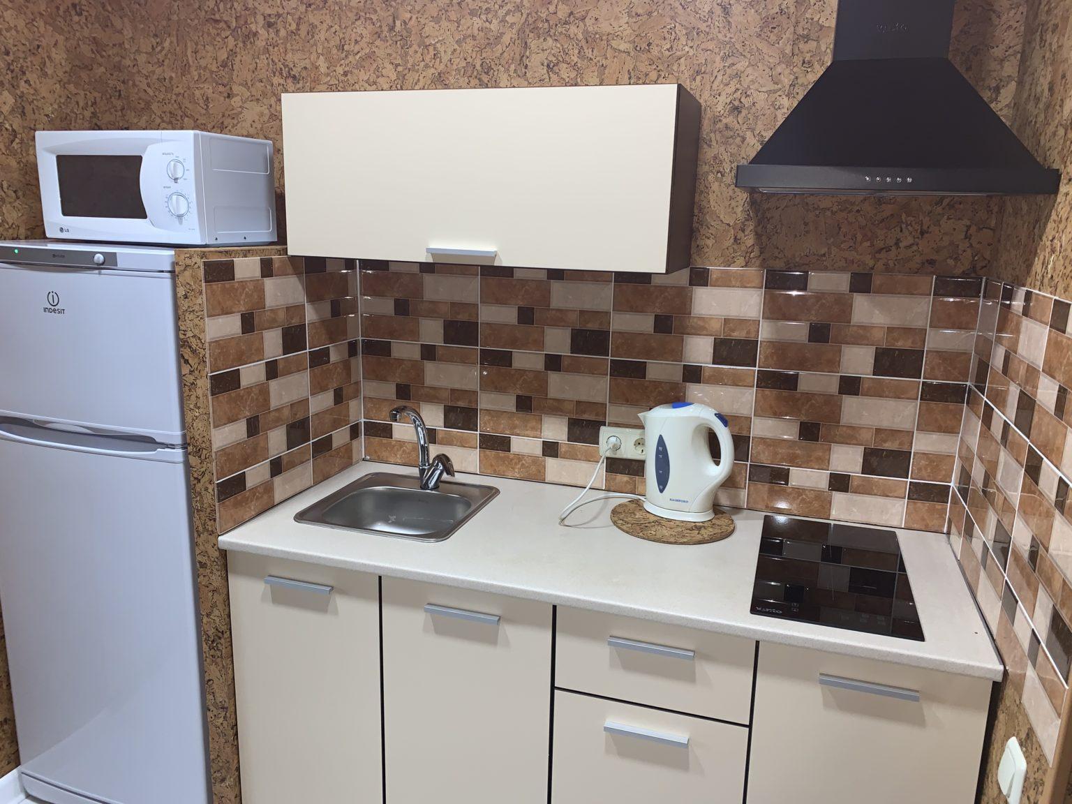 5-местный однокомнатный люкс. Кухня
