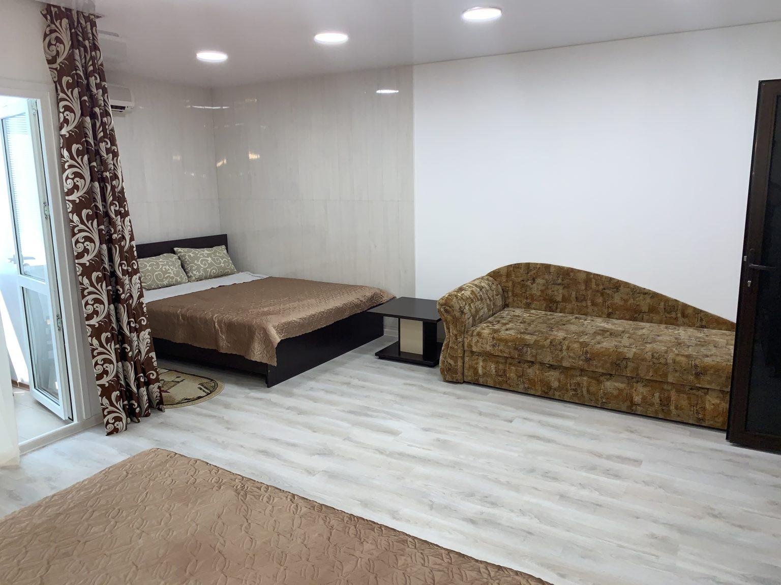 5-местный однокомнатный люкс. Спальня1