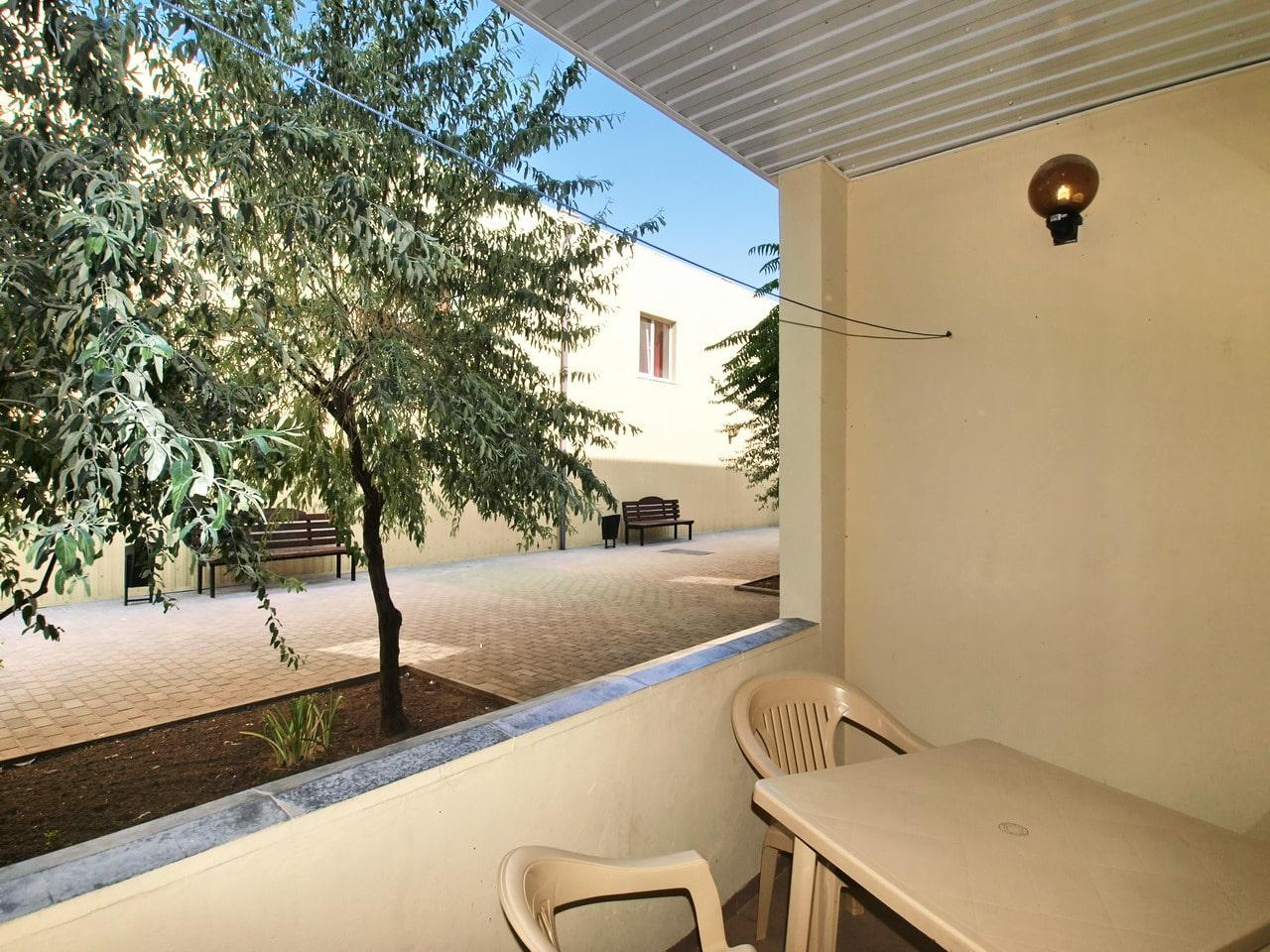 6-местный однокомнатный люкс. Балкон