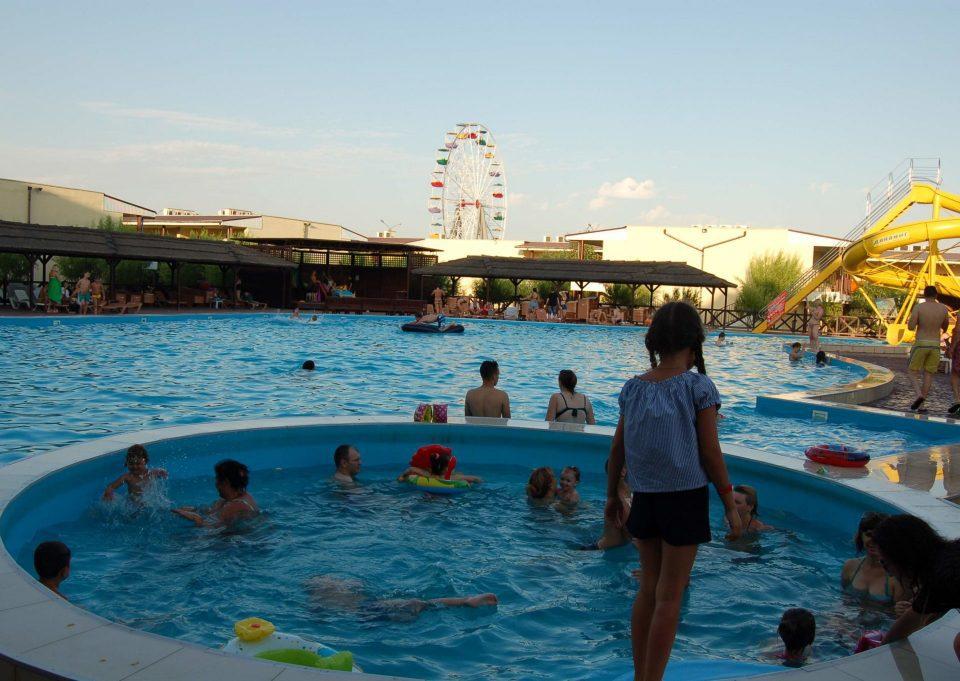 Дитячий басейн