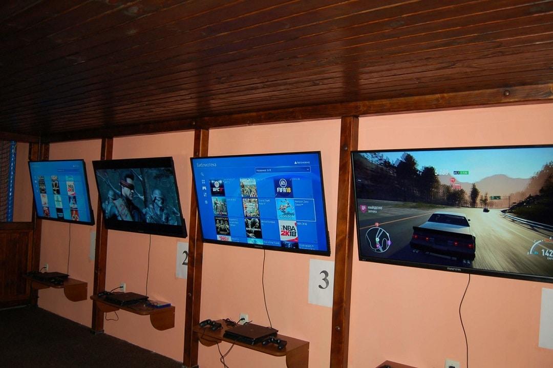 Зал компьютерных игр